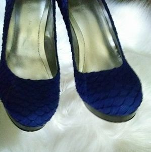 Calvin Klein Shoes - Calvin Klein sz 7m blue pumps platform